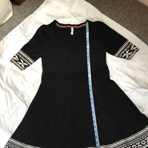 Xhilaration sweater dress size L